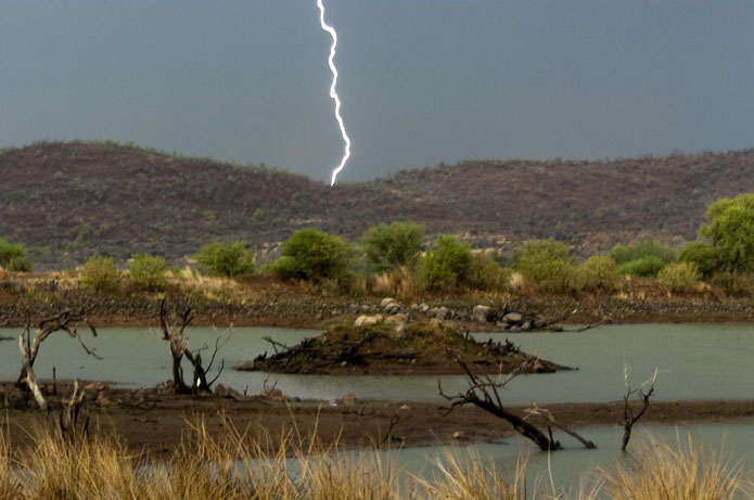 Pilanesberg - lightening